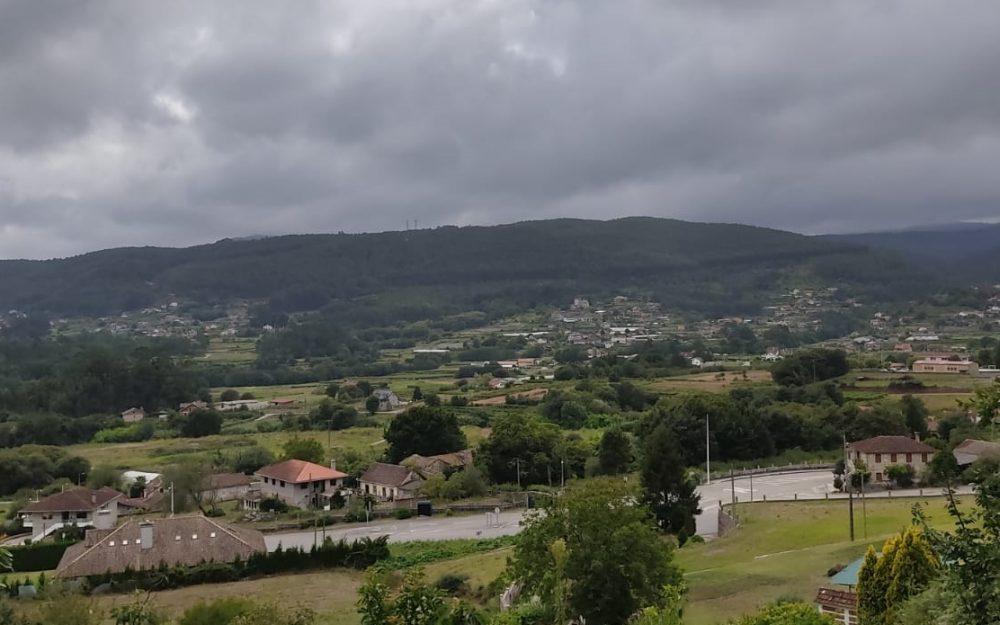 Terreno edificable en Tebra a 7 km de Gondomar, increibles vistas